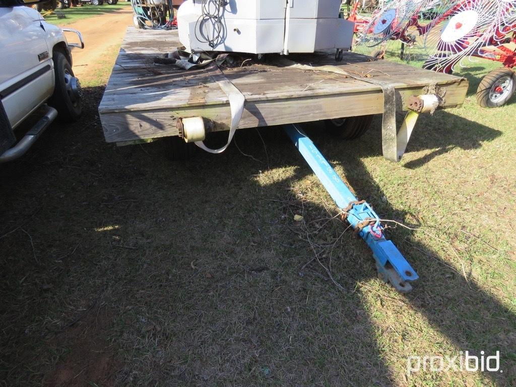 8'x20' 4 wheel  flatbed hay wagon w/ Killbros gear
