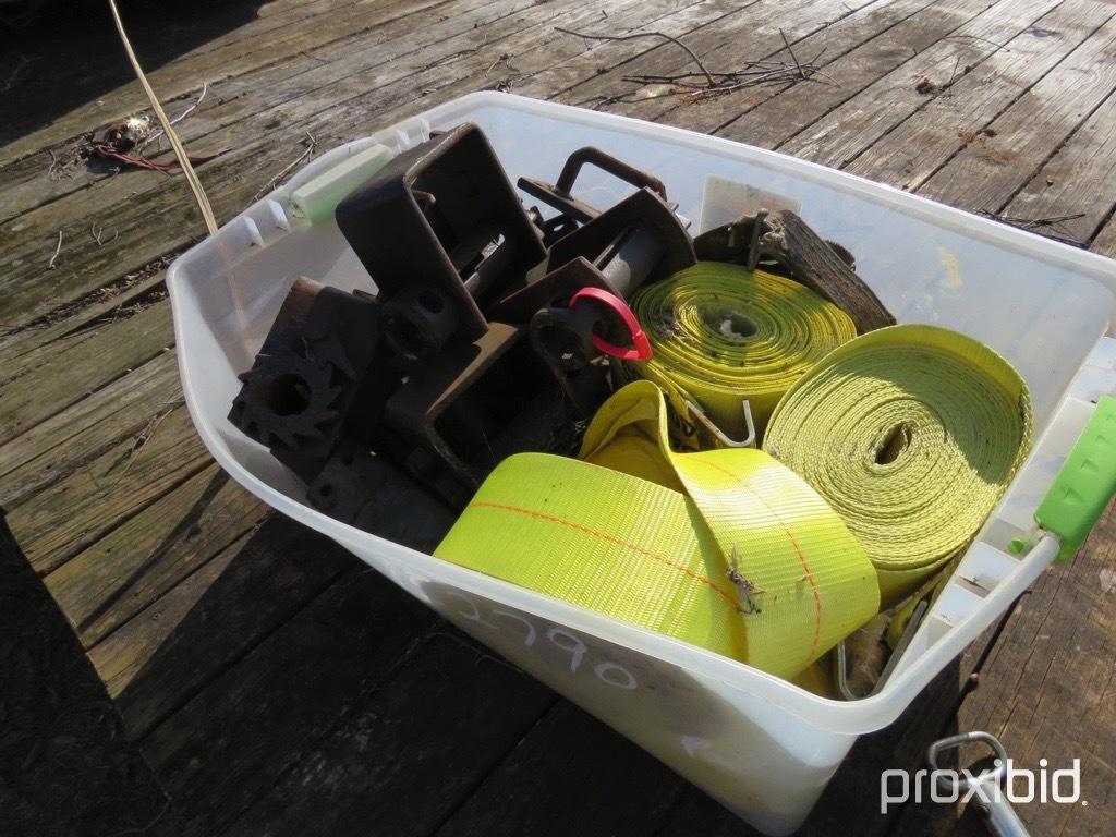 Box of nylon straps & winches