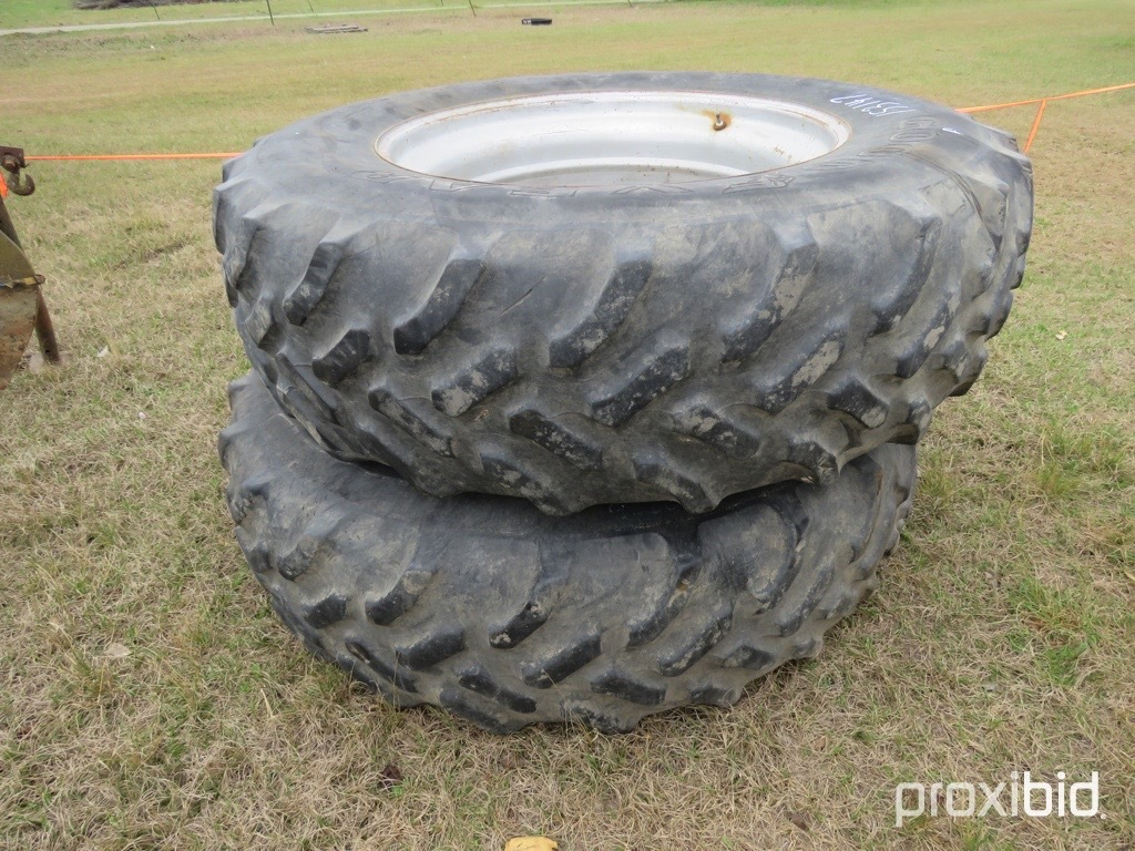 (2) Goodyear 20.8-42 factory duals on Case wheels