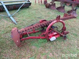 International 100 3pt sickle mower w/ shaft
