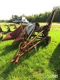 New Idea 309 corn puller