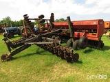 CaseIH 5400 no-till grain drill w/ Yetter cart