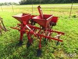 Covington 2 row planter w/ fertilizer