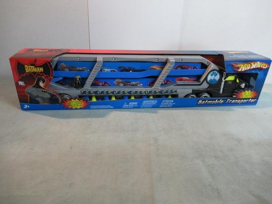Batmobile Transporter Hot Wheels