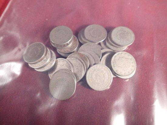 """Lot of (30) """"V"""" Nickels."""