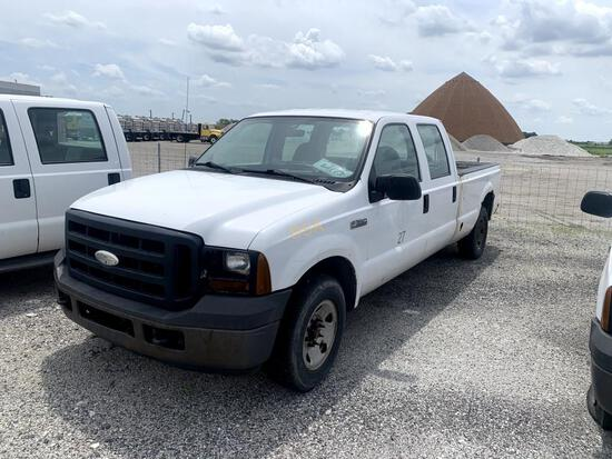 2006 Ford F350 Crew Cab Pickup,