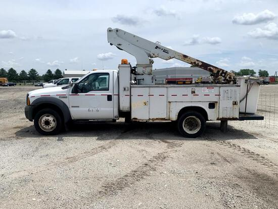 2005 Ford F450 30' Aerial Bucket Truck,