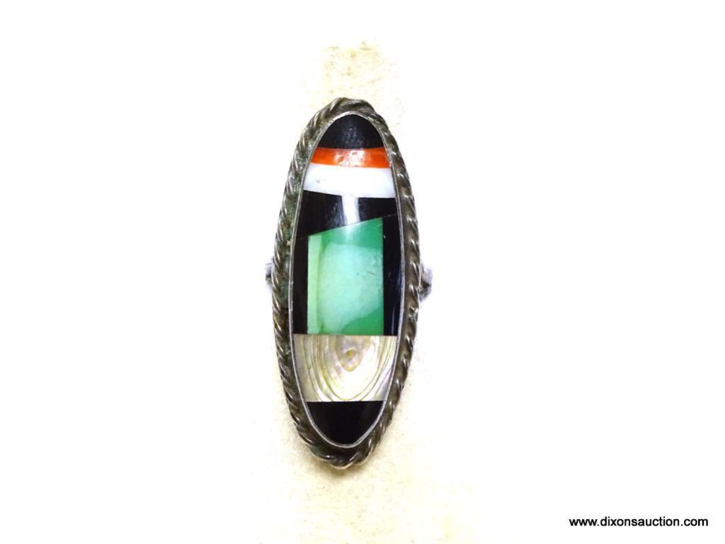 """VINTAGE NATIVE AMERICAN MADE STERLING SILVER INLAID STONE RING SIZED AT 6. RING MEASURES 1 9/16"""""""
