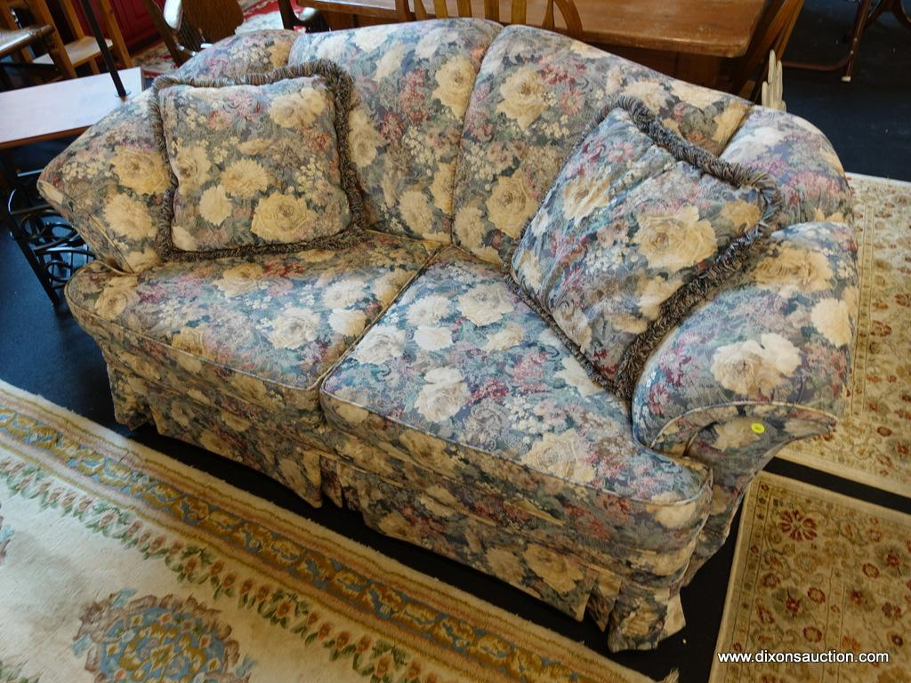 Peachy Broyhill Floral Loveseat Estate Personal Property Ibusinesslaw Wood Chair Design Ideas Ibusinesslaworg