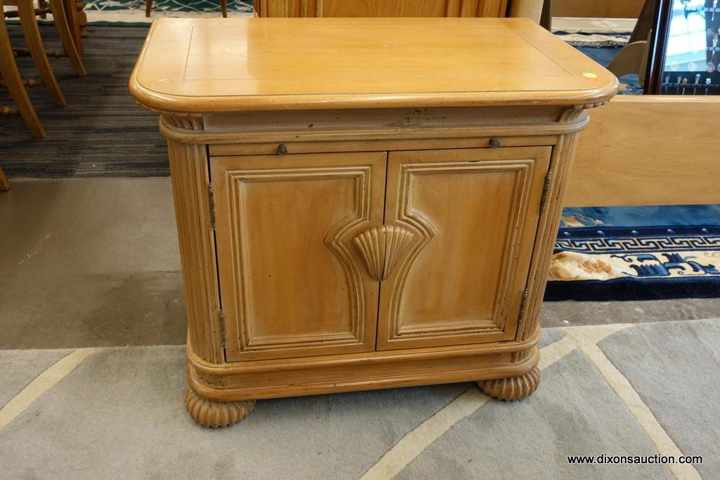 Blonde Wood Nightstand Estate Personal Property Furniture Online Auctions Proxibid