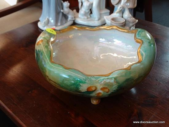 (WIN) VINTAGE MORITZ ZDEKAUER (MZ) PORCELAIN BOWL; OVAL SHAPED WITH FOOTED BASE. MADE IN AUSTRIA,