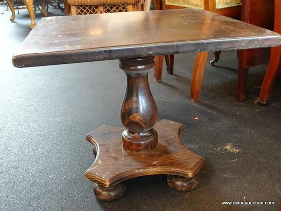 (WIN) ETHAN ALLEN SQUARE PINE COCKTAIL TABLE; FROM THE ANTIQUED TAVERN PINE COLLECTION. IDENTICAL TO