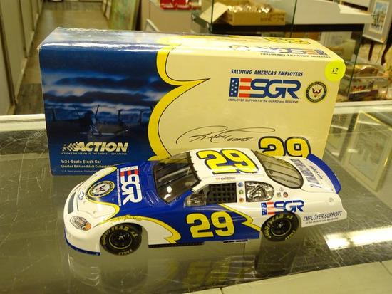 (R3) NASCAR 1:24 SCALE DIECAST COLLECTIBLE MODEL STOCK CAR; RICKY CRAVEN #29 ESGR/ U.S. NAVY 2004