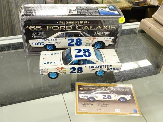 (R4) UNIVERSITY OF RACING LEGENDS 1:24 SCALE MODEL DIECAST CAR; #28 FRED LORENZEN 1965 FORD GALAXIE,