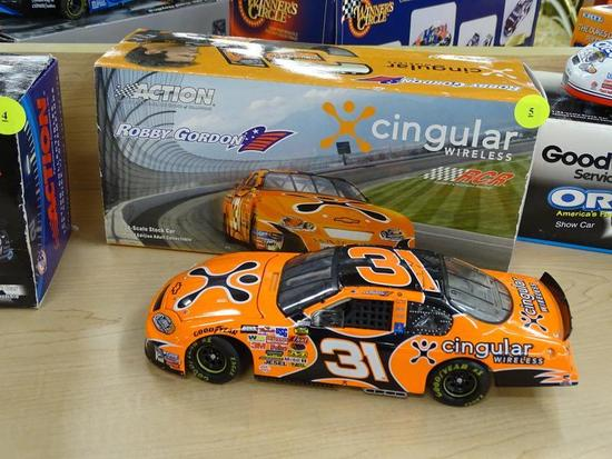 (R1) NASCAR 1:24 SCALE COLLECTIBLE DIECAST STOCK CAR BANK; CINGULAR WIRELESS #31 DRIVEN BY ROBBY