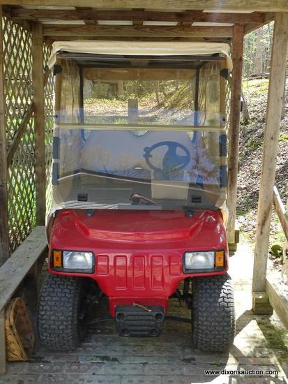 (GAR) GOLF CART; 2005 INGERSOLL RAND XRT 800Z GOLF CART- 4 SEATER WITH SIDE AND BACK CURTAINS-