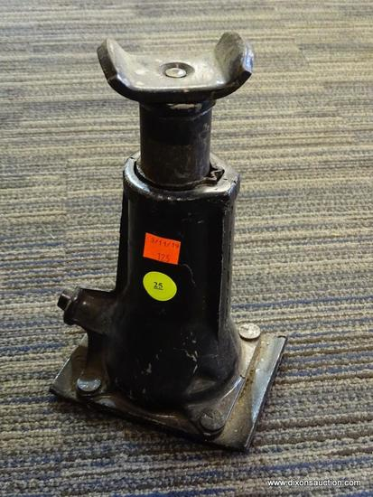 BOTTLE JACK; BLACK IN COLOR AND IN VERY GOOD CONDITION. NEEDS RELEASE BAR BUT OTHERWISE WOULD BE