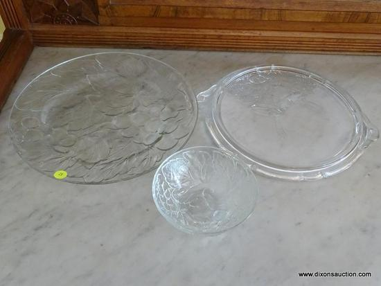 (DR) GLASS SERVING LOT; TOTAL OF 3 PIECES, INCLUDES ROUND GRAPEVINE PLATTER (13 IN DIAMETER) AND