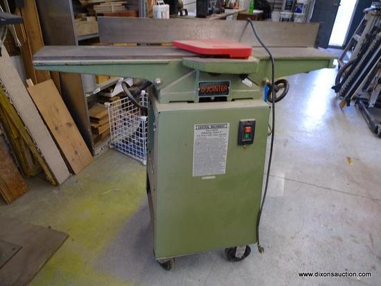 (WSHOP) CENTRAL MACHINERY RABBETING JOINTER; 6 IN JOINTER WITH 110V, 60HZ, 8 AMPS, 1 PHASE, AND 3450