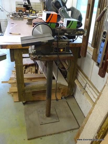 (WSHOP) CRAFTSMAN 4 IN BELT SANDER; MODEL 113.246421. IS IN GOOD USED CONDITION AND READY FOR A NEW