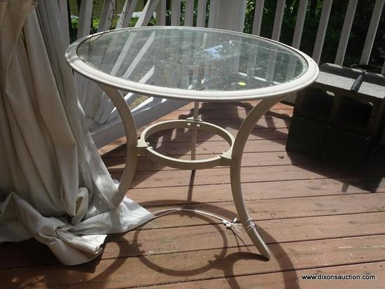 (OUT) ROUND TABLE; ROUND ALUMINUM AND GLASS TOP PATIO TABLE- 32 IN DIA X 26 IN H