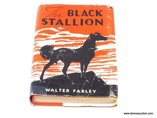 (SC) VINTAGE BOOK; THE BLACK STALLION BY WALTER FARLEY (1941). IS IN EXCELLENT CONDITION AND IN A