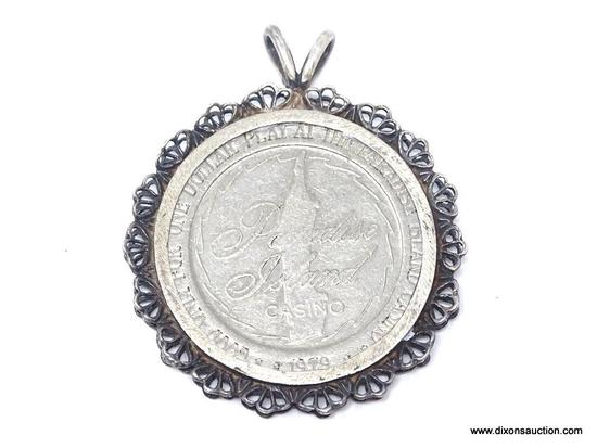 UNISEX .925 STERLING SILVER PARADISE ISLAND GAMING TOKEN IN STERLING SILVER BEZEL.