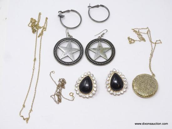 LOT OF ASSORTED COSTUME JEWELRY; LOT INCLUDES A PAIR OF EARRINGS WITH A STAR INSIDE OF A CIRCLE, A