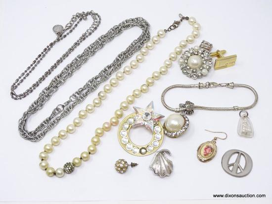 LOT OF ASSORTED COSTUME JEWELRY; LOT INCLUDES A FAUX PEARL NECKLACE, 2 SILVER TONED CHAINS, A SILVER