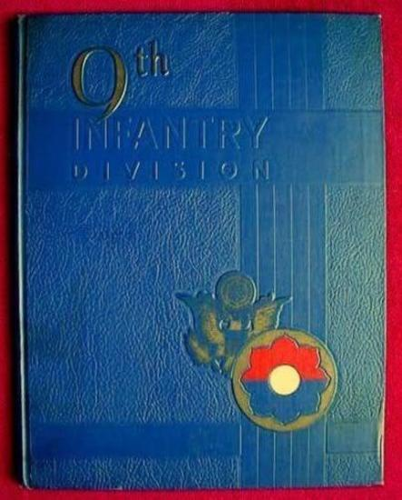 9th INFANTRY DIVISION FORT CARSON COLORADO UNIT HISTORY 1955 Large format (8.75? by 11.25?), book