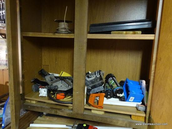 CABINET LOT; INCLUDES ASSORTED ITEMS SUCH AS GEAR DRIVE SPRINKLERS, A CORNER JIG, A THORSEN