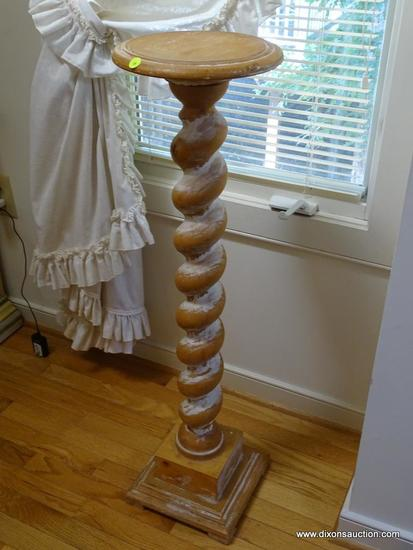 (LR) FERN STAND; DISTRESSED PAINTED TWIST COLUMNED FERN STAND- 10 IN X 38 IN