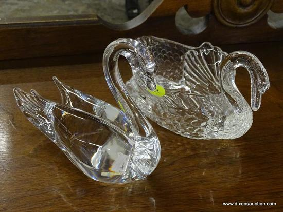 LOT OF SWAN SHAPED CRYSTAL GLASS; 2 PIECE LOT OF GLASS SWANS TO INCLUDE ONE SOLID HANDMADE CRYSTAL