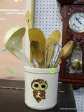 LOT OF COOKING UTENSILS; 11 PIECE LOT OF COOKING UTENSILS TO INCLUDE A PLASTIC SPOON AND LADLE, A