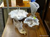 LOT OF SEASHELL SHAPED GLASSWARE; 4 PIECE LOT OF SEASHELL SHAPED GLASSWARE WITH WHITE FROSTED GLASS