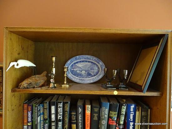(LR) SHELF LOT; LOT INCLUDES- COMPOSITION JOHN PERRY SCULPTURE OF AN EGRET- 7 IN H, METAL CANADIAN