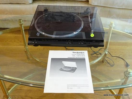 (LR) TURNTABLE; TECHNICS TURNTABLE- MODEL- SL-DD33