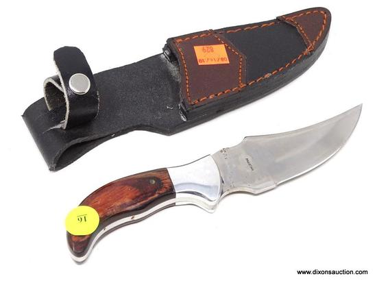 TRAILING POINT POCKET KNIFE; TRAILING POINT PAKISTAN KNIFE WITH A RED WOODGRAIN HANDLE IN A THICK