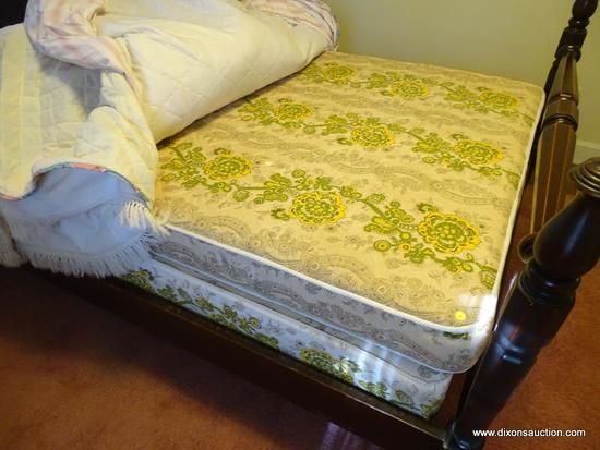 (BR) FULL SIZE MATTRESS AND BOX SPRING; FULL SIZE MATTRESS SET WITH GREEN AND YELLOW FLORAL FABRIC