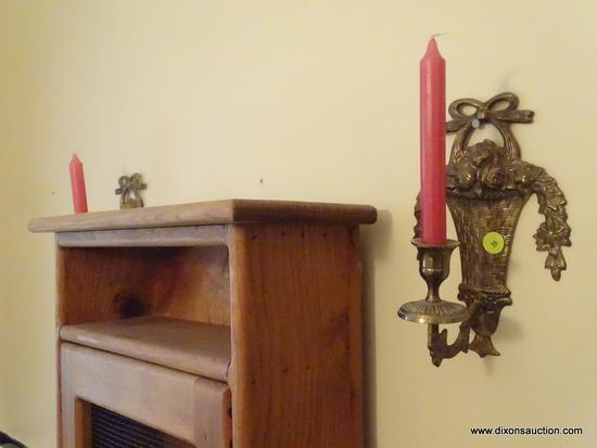 (DBATH1) LOT OF WALL CANDLE HOLDERS; 2 PIECE LOT OF MATCHING METAL BRONZE FINISH CANDLE HOLDERS WITH