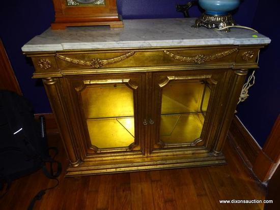 (LR) DISPLAY CREDENZA; GOLD GILT MARBLE TOP DISPLAY CREDENZA, 2 LOWER GLASS FRONT DOORS WITH GLASS
