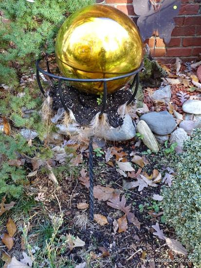 (BACKYD) STAND AND BALL; IRON GROUND PLANTER WITH MIRRORED YARD GAZING BALL- 44 IN H
