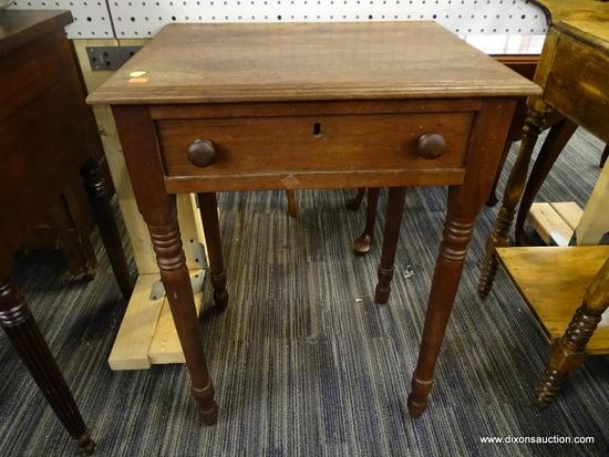 (R1) WALNUT 1 DRAWER WORK TABLE; HAS A DETAILED MOLDING AROUND THE TOP. COMES WITH THE ORIGINAL LOCK