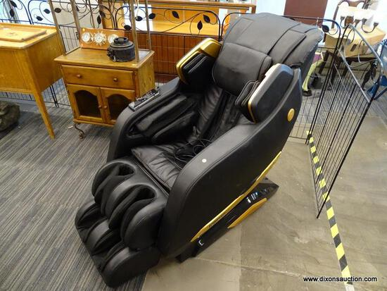 (R1) ISUKOSHI KING MASSAGE CHAIR, PRODUCT MODEL: IS-888.