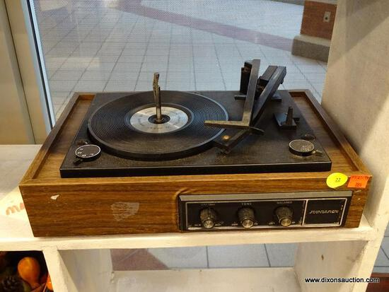 (WINDOW) SOUNDESIGN RECORD TURNTABLE; DURPOWER PHONOGRAPH RECORD TURNTABLE. MODEL NO. 4234. 60 HZ,