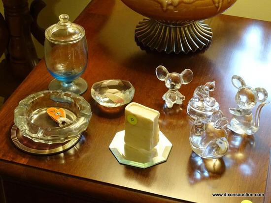 (LR) LOT OF ASSORTED KNICK KNACKS; 10 PIECE LOT OF ASSORTED KNICK KNACKS TO INCLUDE 3 GLASS MICE, AN
