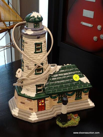 (WINDOW) PAIR OF MODEL LIGHTHOUSES; 2 PIECE LOT TO INCLUDE A DEPARTMENT 56 1988 SNOW VILLAGE