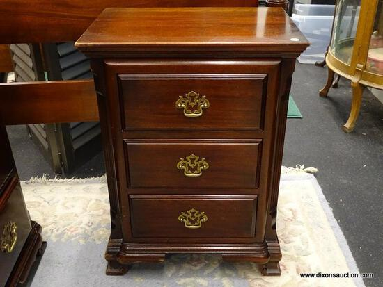 (R1) CONTINENTAL FURNITURE CO. NIGHTSTAND; MAHOGANY, CHIPPENDALE STYLE, 3-DRAWER NIGHT STAND WITH