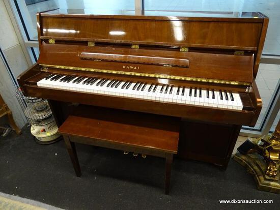 (R1) KAWAI UPRIGHT PIANO AND BENCH; MAHOGANY, KAWAI UPRIGHT PIANO WITH MUSIC STAND AND PIANO BENCH