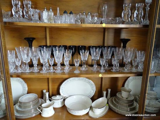 (DR) LOT OF ASSORTED CRYSTAL GLASSWARE; SHELF LOT TO INCLUDE A SET OF 8 CORDIAL GLASSES, A SET OF 8